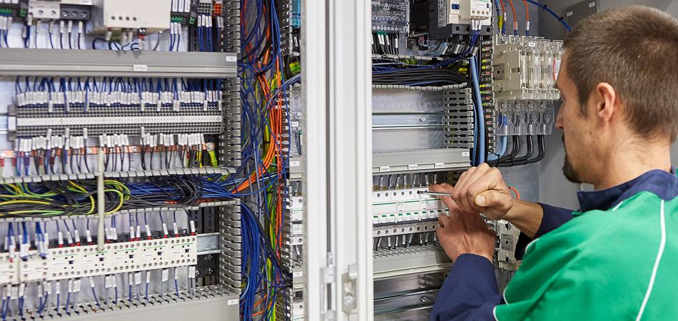 Recrutement: Conducteur de travaux électriques F/H chez Altenov à Betton