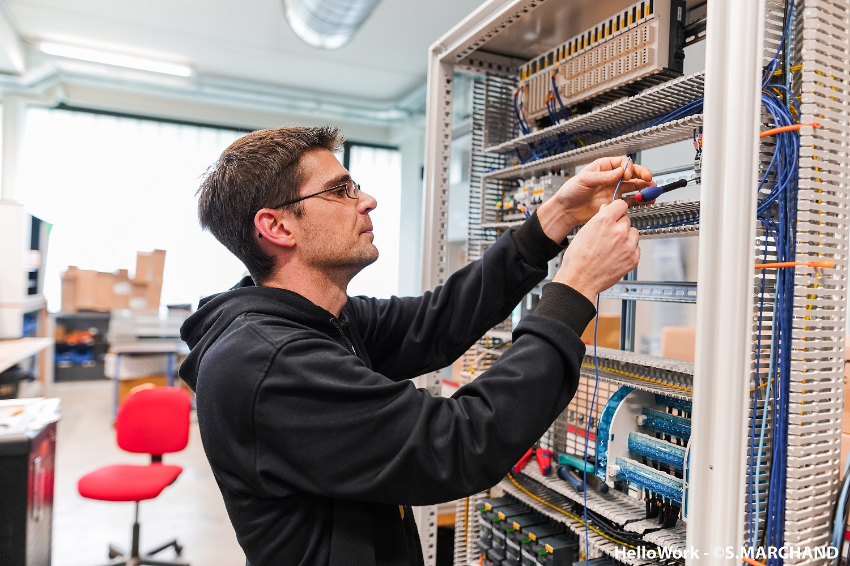 Recrutement: Alternance Electricien chantier F/H chez Altenov à Betton