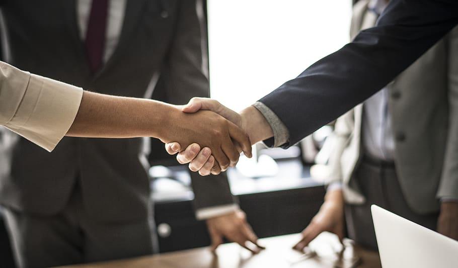 agreement-business-businessman-businesswoman.jpg