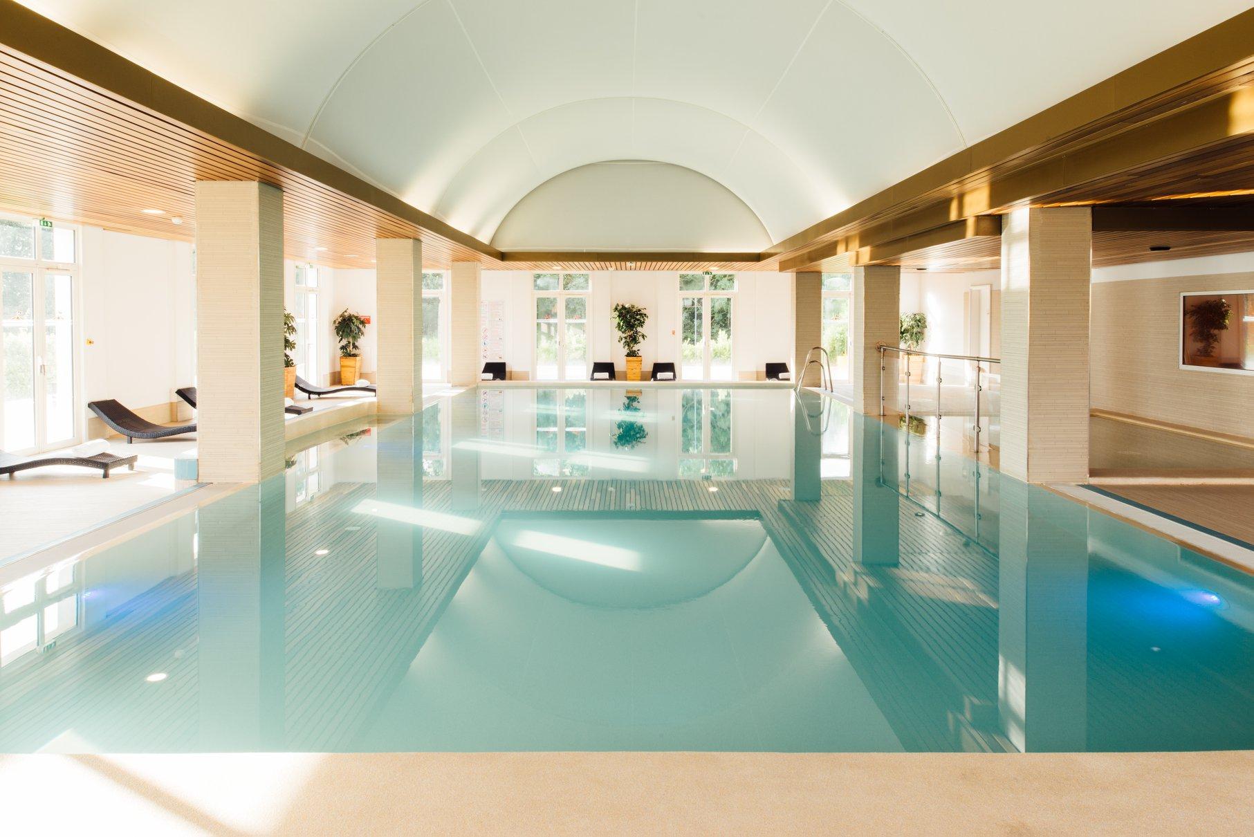 magic-circus-hotel-piscine.jpg