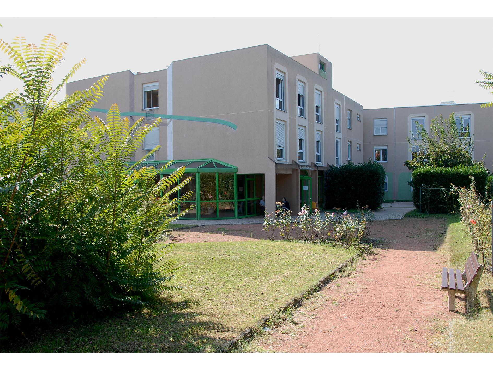 Recrutement: Auxiliaire de vie F/H chez GROUPE ACPPA à Vaulx-en-Velin