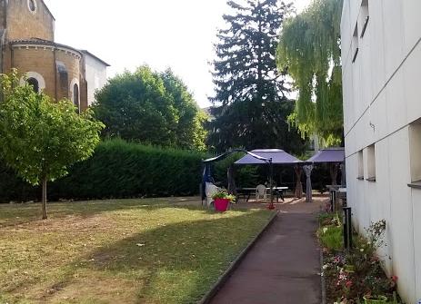 Recrutement: aide médico psychologique / accompagnant éducatif et social F/H chez GROUPE ACPPA à Villefranche-sur-Saône