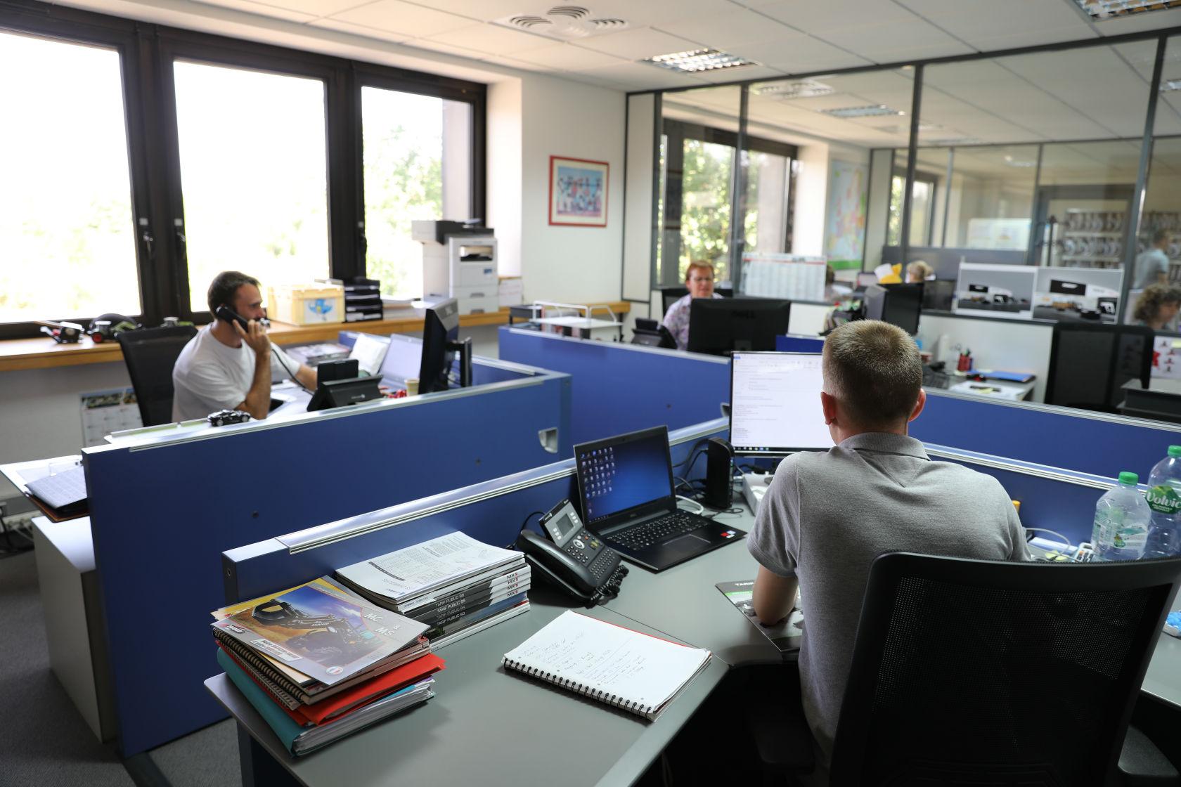 Recrutement: Assistant(e) Commercial(e) Grands Comptes F/H chez MX à Acigné