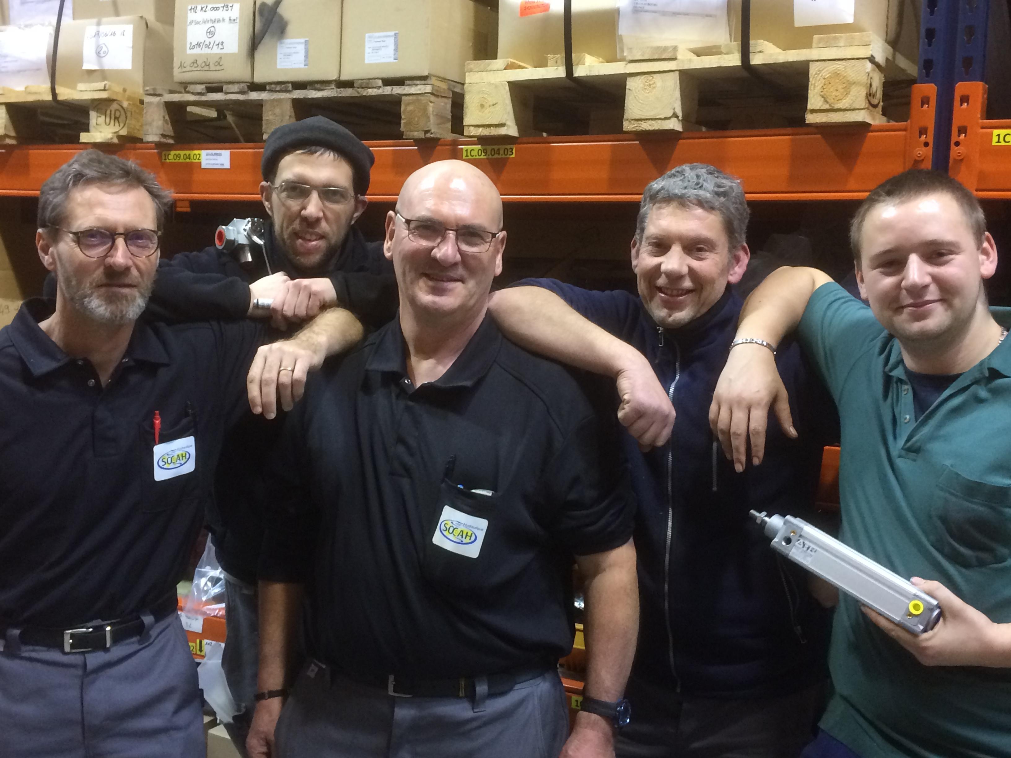 Recrutement: MONTEUR F/H chez Cabsoc Group à Châteaubourg
